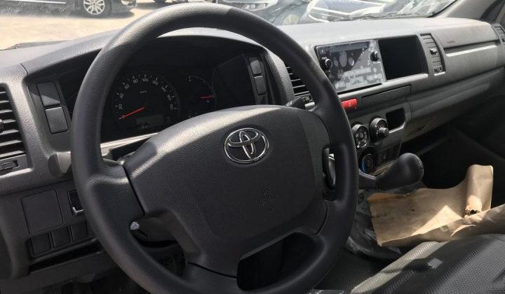 Toyota Hiace, 2014. GL