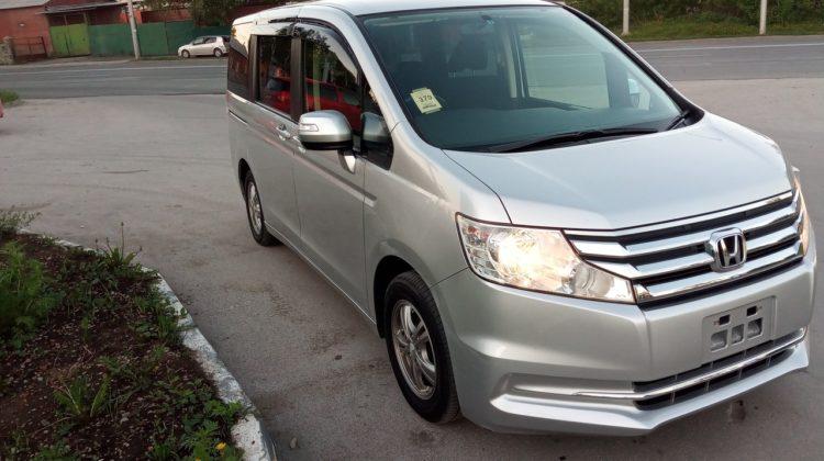 Honda Stepwgn, 2012